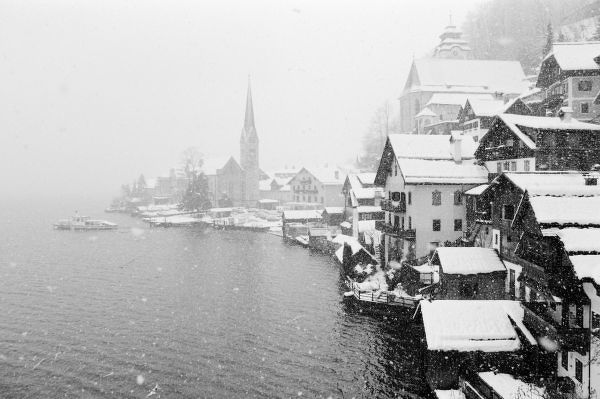 Europe, Austria, Hallstat. Town view in the snow