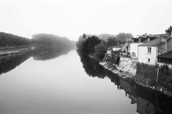 FRANCE, Touraine, The Loire: CHINON View of the River Vienne