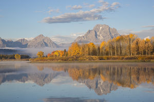 67545-09307 Sunrise at Oxbow Bend in fall; Grand Teton National Park; WY