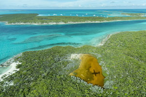 caribbean/exuma/aerial photo looking airplanes shadow clear tropical