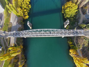 Alexandra Bridge and Clutha River in autumn, Central Otago, South Island, New Zealand