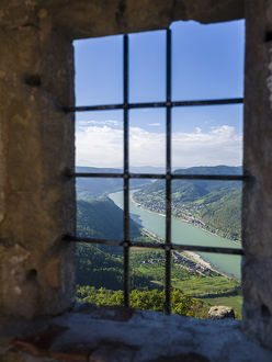 The castle ruin Aggstein high above the Danube in the Wachau
