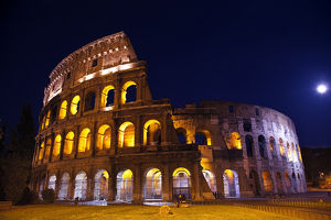 europe/italy/colosseum overview moon night lovers rome italy