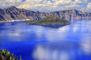 Crater Lake Reflection Wizard Island, Clouds Blue Sky Oregon Pacific Northwest