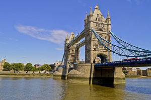 Europe, United Kingdom, England, London. The Tower Bridge across the River Thames