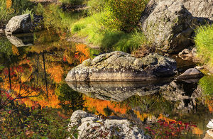 Fall Fire Orange Red Colors Reflection Wenatchee River Reflections Stevens Pass