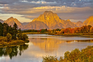 golden sunrise, Oxbow, Grand Teton National Park, Wyoming, USA
