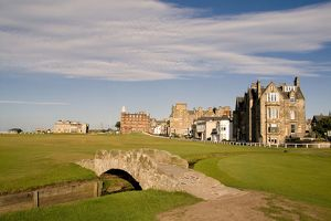 golfing special swilcan bridge 18th hole world