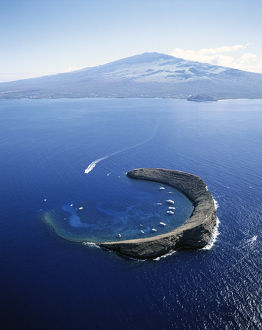 Hawaii Islands, Maui, Wailea-Kihei, View of Molokini Island