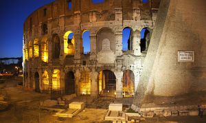 europe/italy/love ruins colosseum lovers night rome italy