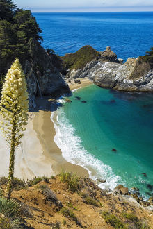 McWay Cove, Julia Pfeiffer Burns State Park, Big Sur, California USA