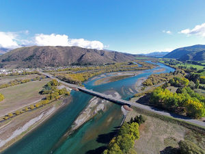 New Kurow Bridge over Waitaki River, Kurow, Waitaki Valley, North Otago, South Island