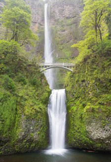 OR, Columbia River Gorge National Scenic Area, Multnomah Falls