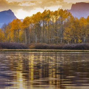 Oxbow bend at sunset, Grand Tetons National Park, Wyoming, USA