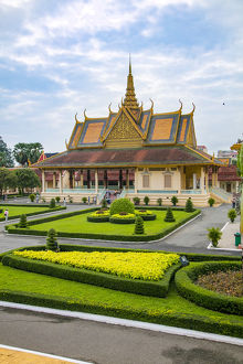Royal Palace and National Museum. Phnom Penh, Cambodia