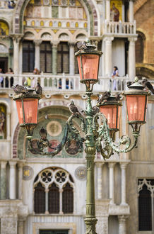europe/italy/street lamp basilica san marco saint marks cathedral