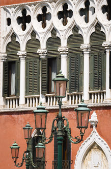 europe/italy/street lamp venetian gothic architecture palazzo