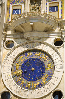 europe/italy/torre dellorologio clock tower piazza san marco