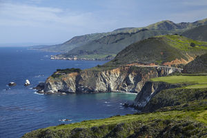 USA, California Central Coast, Big Sur, Pacific Coast Highway, viewed from Hurricane