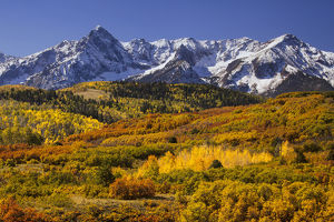 USA, Colorado, San Juan Mountains. Mountain and valley landscape in autumn. Credit as