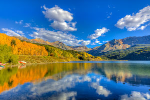 USA, Colorado, Telluride, Trout Lake. Fall sunset on lake