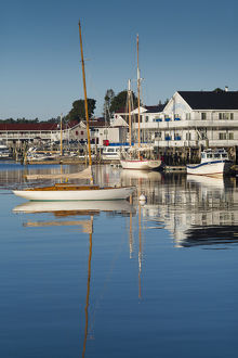 USA, Maine, Boothbay Harbor, harbor view